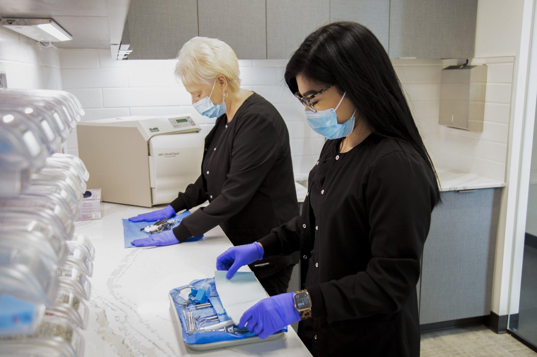 dental assistants prepare tools