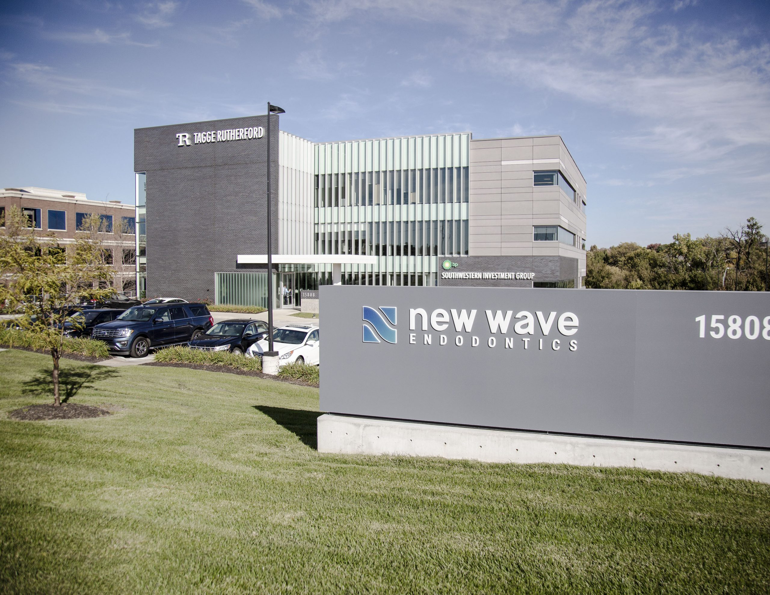 new wave endodontics sign outside Tagge Rutherford buildind